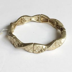 Lia Sophia Gold-tone Twisted Stretch Bracelet